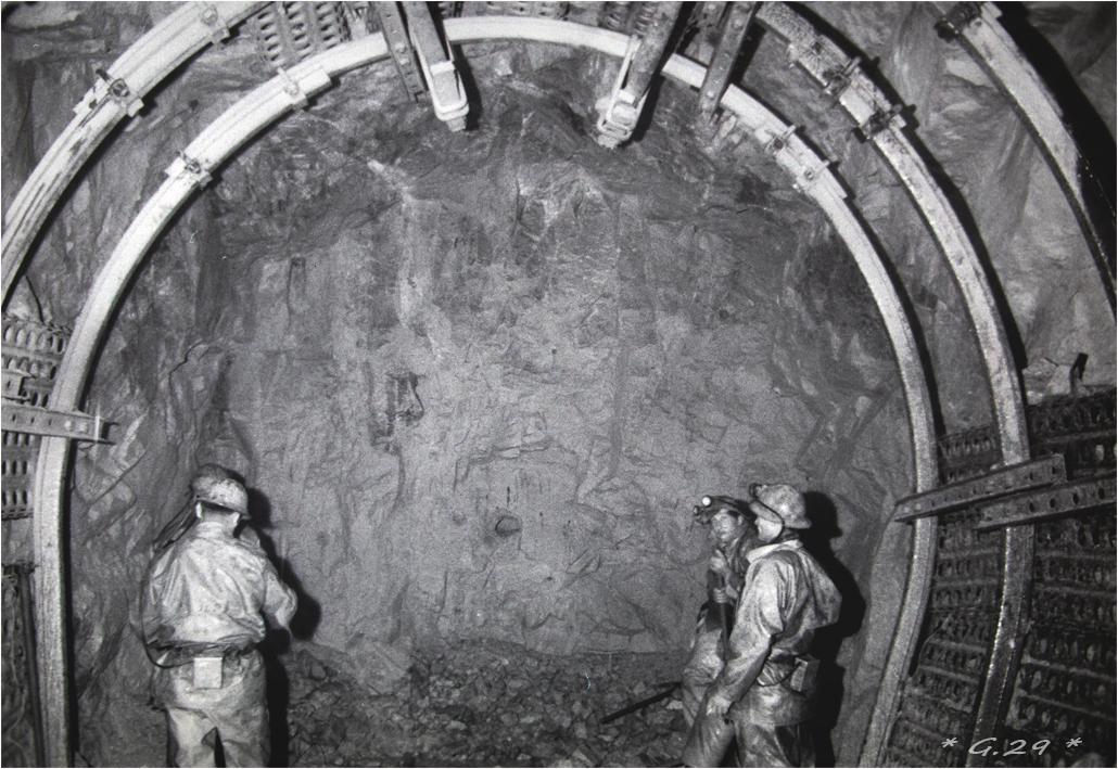 Vieilles photos de barrages hydrauliques ( ajouts ) - Page 3 WWaEIb-DSC05880-copie
