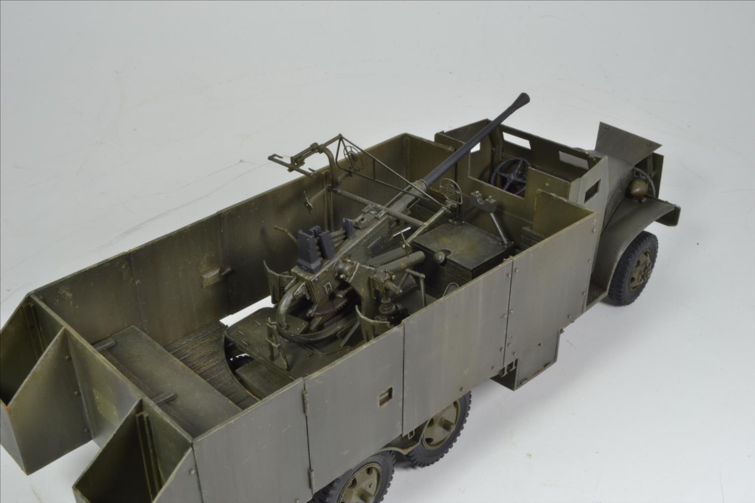 INDOCHINE GMC Bofors (Hobby Boss) 1/35 - Page 2 19122109485022494216568059