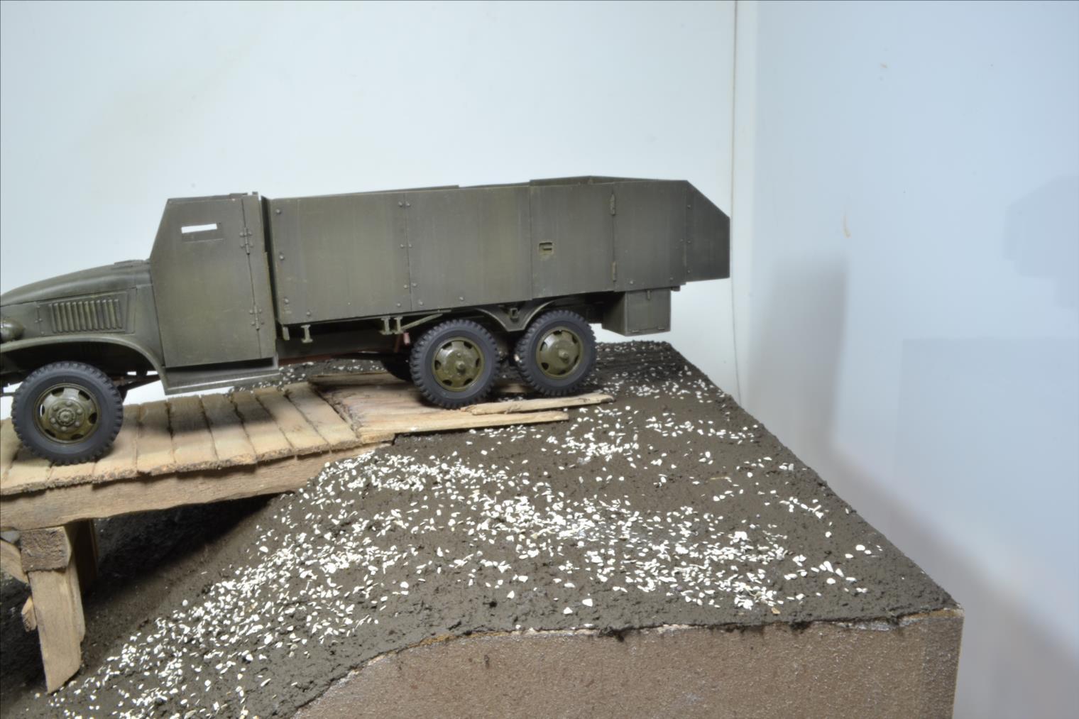 INDOCHINE GMC Bofors (Hobby Boss) 1/35 - Page 3 19122406305622494216571061