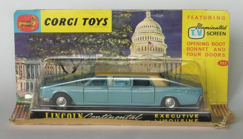 #2148 Lincoln Continental Corgi-toys en boite web