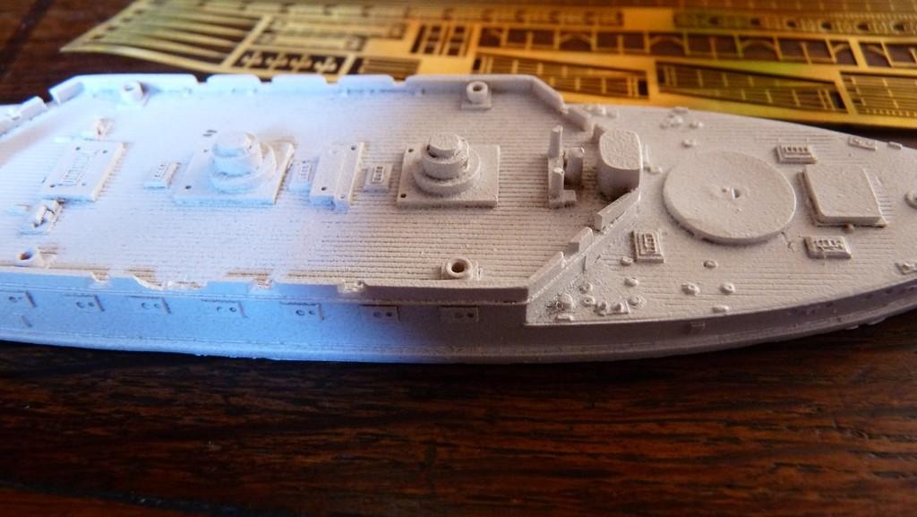 A vendre : kits navires 1/700 et 1/350 (mis à jour et complété) YfnbJb-Kearsarge3