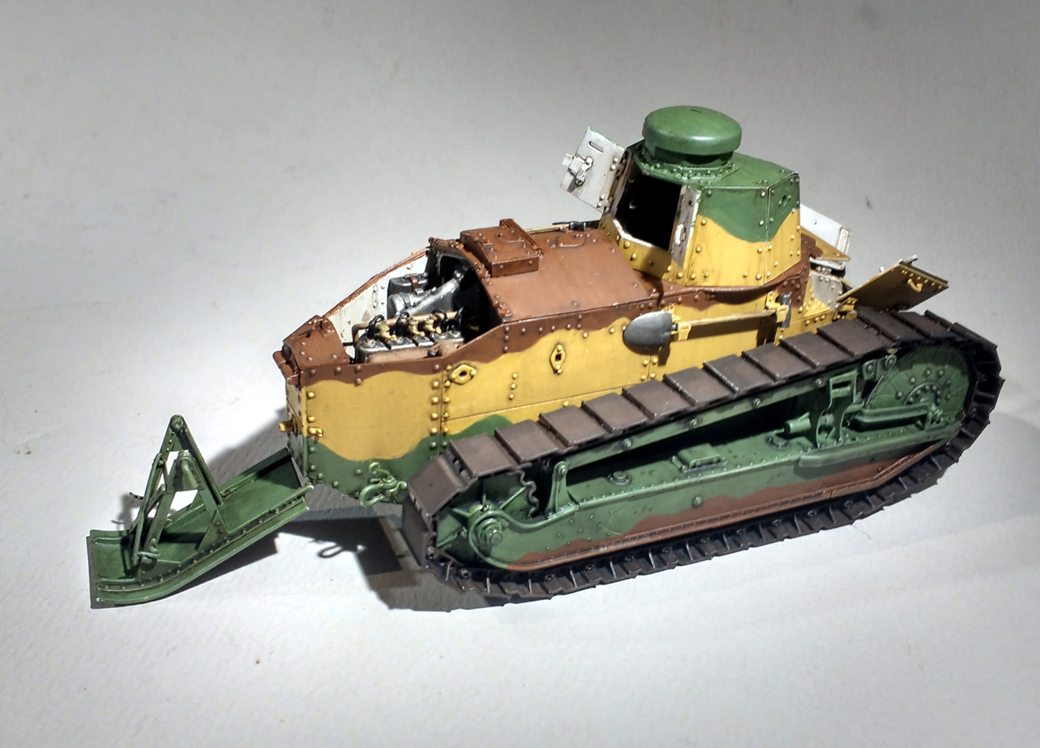 Quelques FT (Meng 1/35) - Page 4 726iJb-F31-68