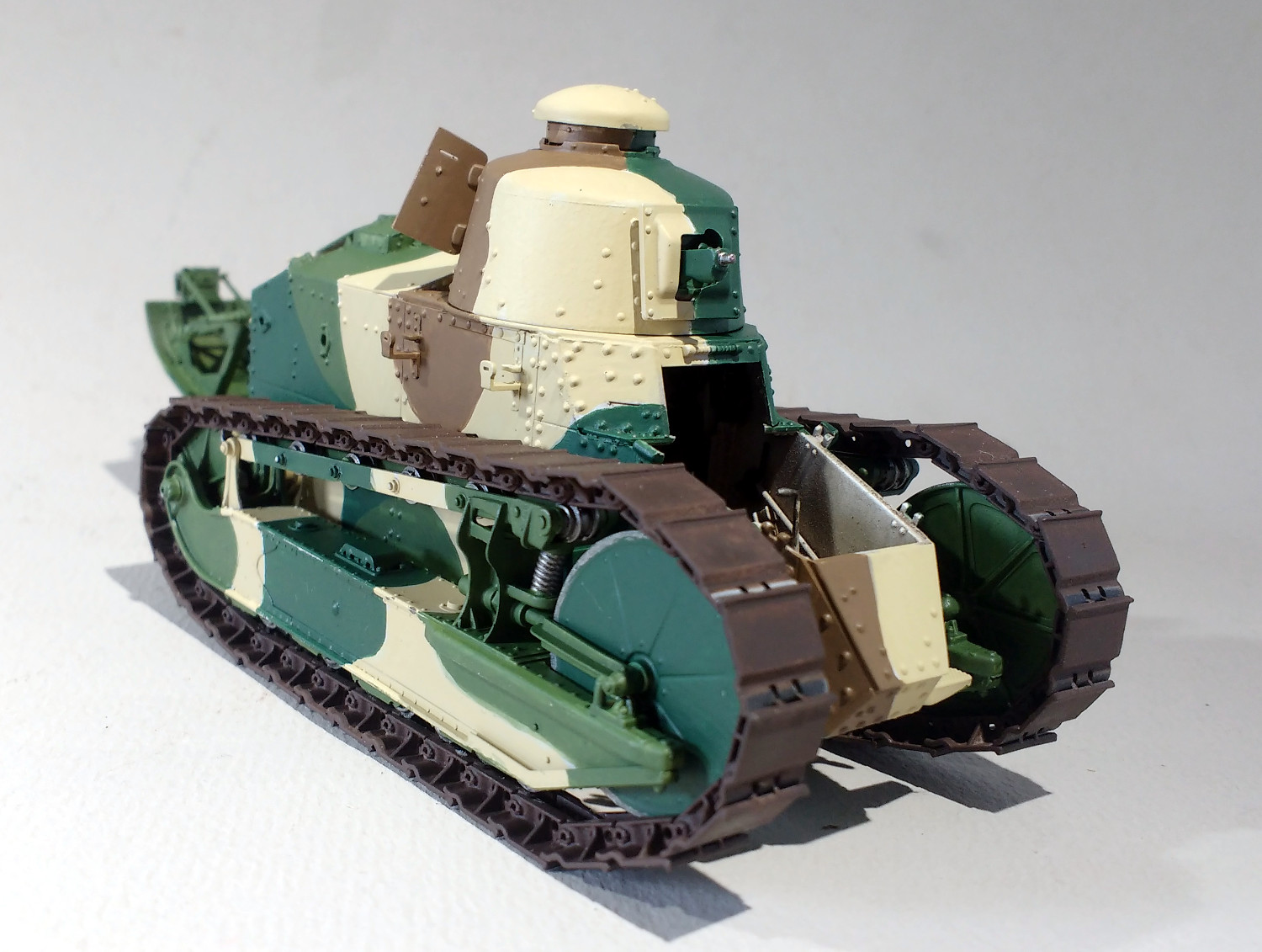Quelques FT (Meng 1/35) - Page 2 N36iJb-F31-69