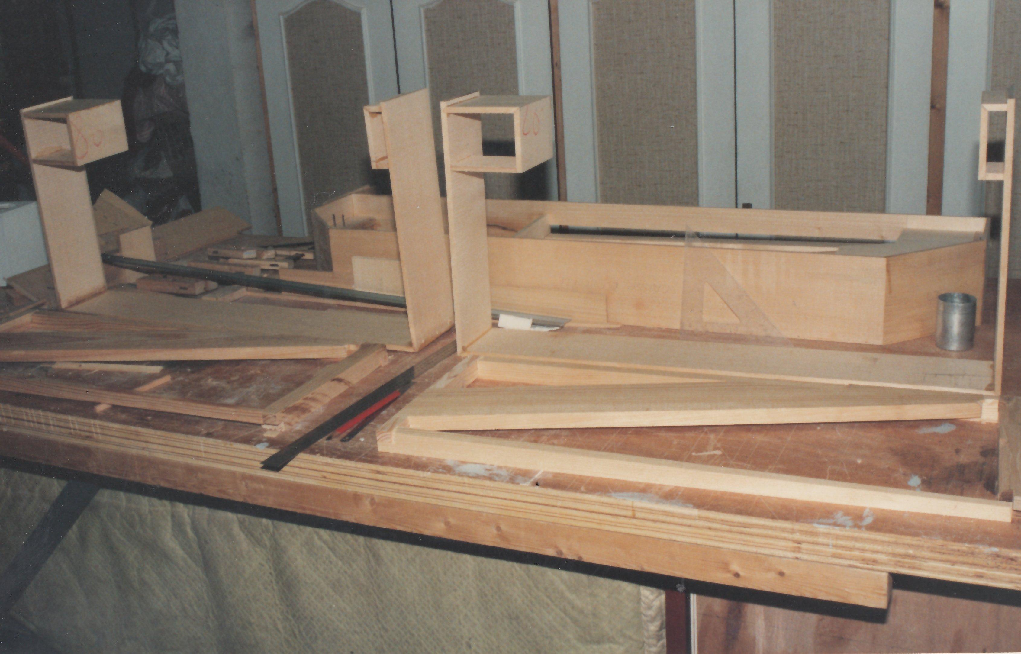 Fabrication d'instruments de musique anciens de bgire - Page 2 20030510290523134916674673
