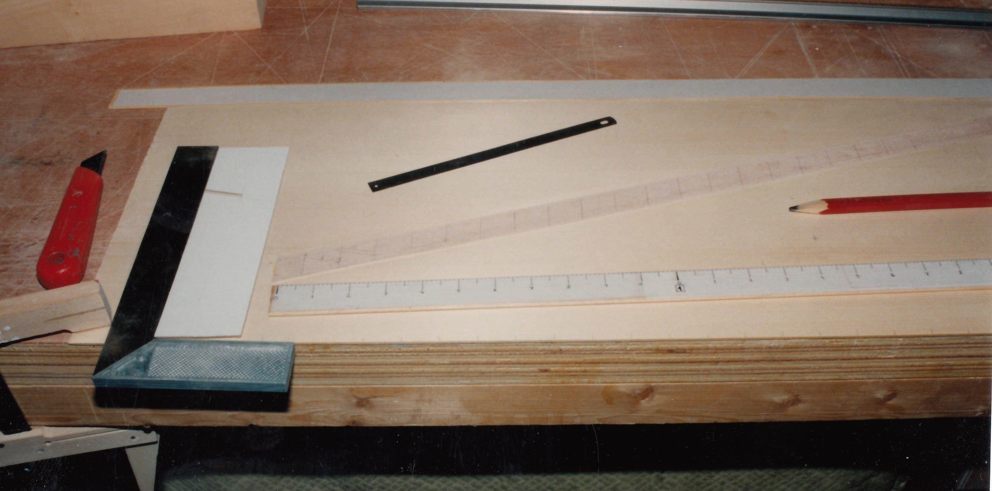 Fabrication d'instruments de musique anciens de bgire - Page 2 20030510302923134916674699