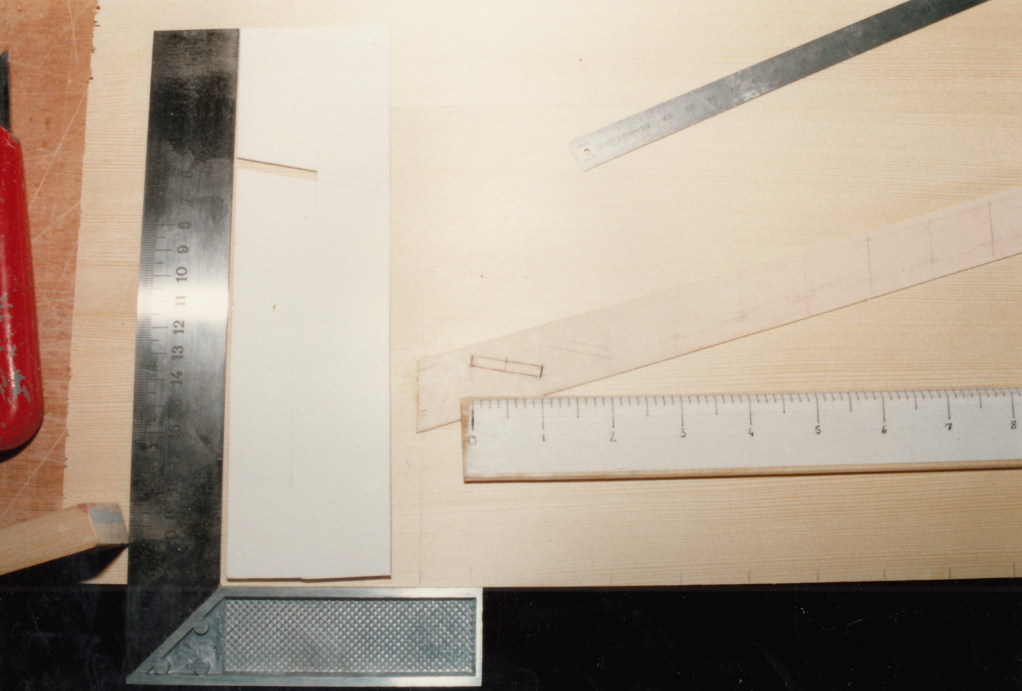 Fabrication d'instruments de musique anciens de bgire - Page 2 20030510303523134916674701