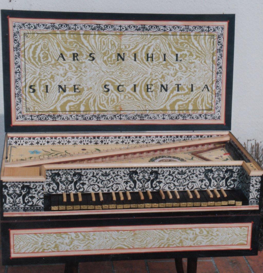 Fabrication d'instruments de musique anciens de bgire - Page 2 EgNjJb-1992-Kind-Virginal-78