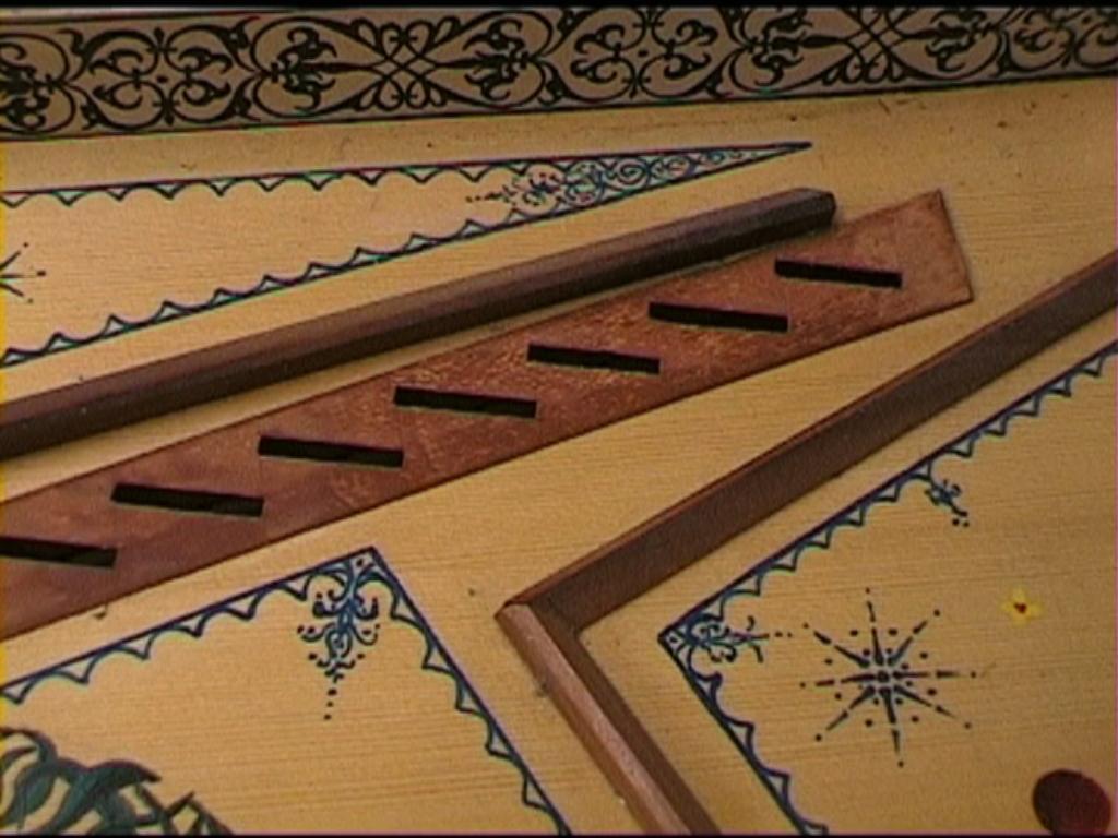 Fabrication d'instruments de musique anciens de bgire - Page 2 XrNjJb-1992-Kind-Virginal-2-15