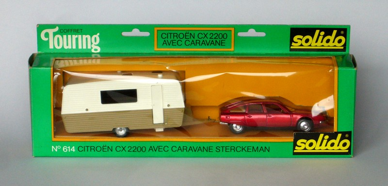 #2183 Citroen CX2200 avec caravane Solido face en boite web