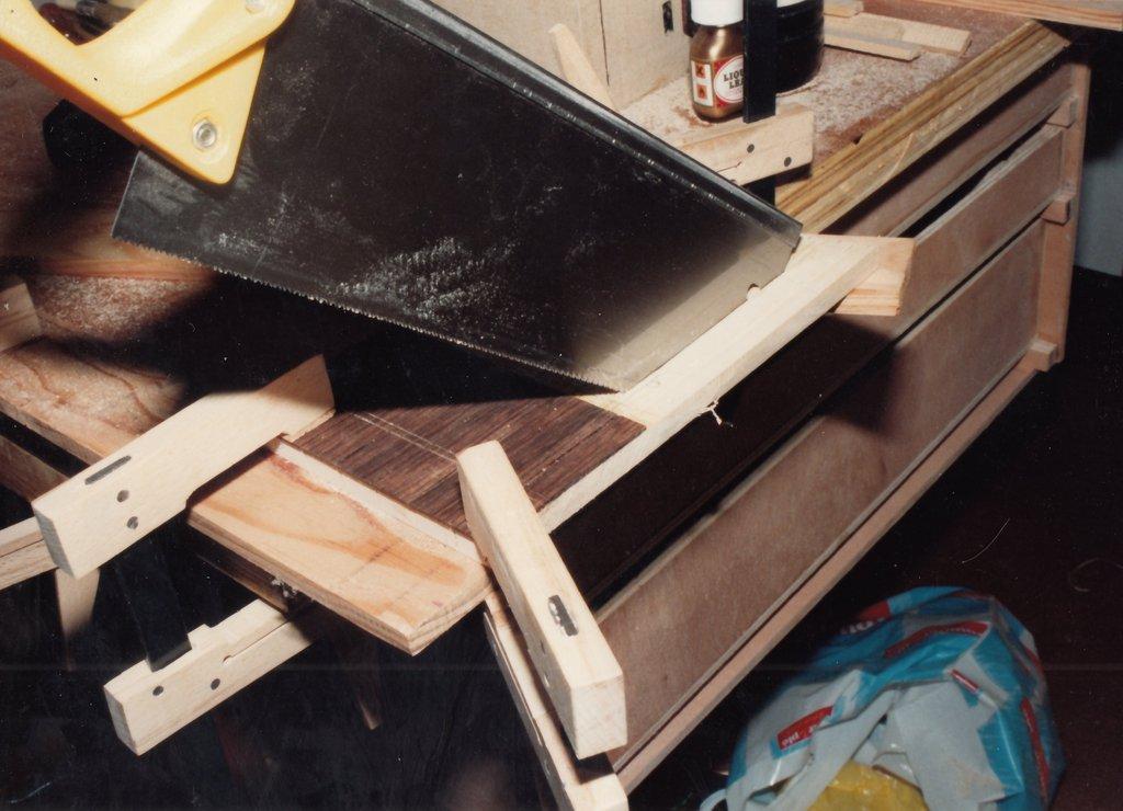Fabrication d'instruments de musique anciens de bgire - Page 2 EtAkJb-1992-Kind-Virginal-55