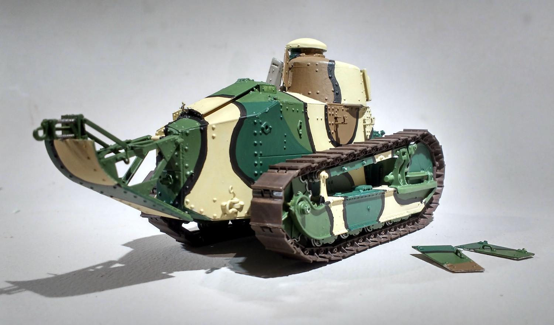 Deux chars FT de Meng au 1/35  CTGkJb-F31-85