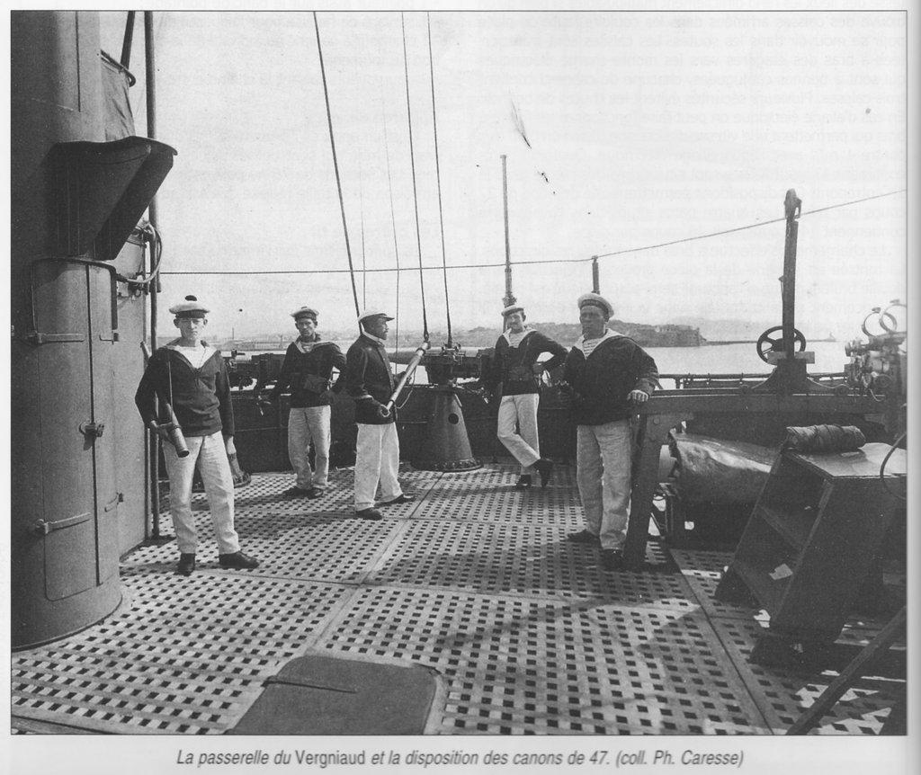 "Cuirassé ""Danton (1906) Hobby Boss 1/350 erik91410 - Page 9 OrJlJb-Vergniaud-05"
