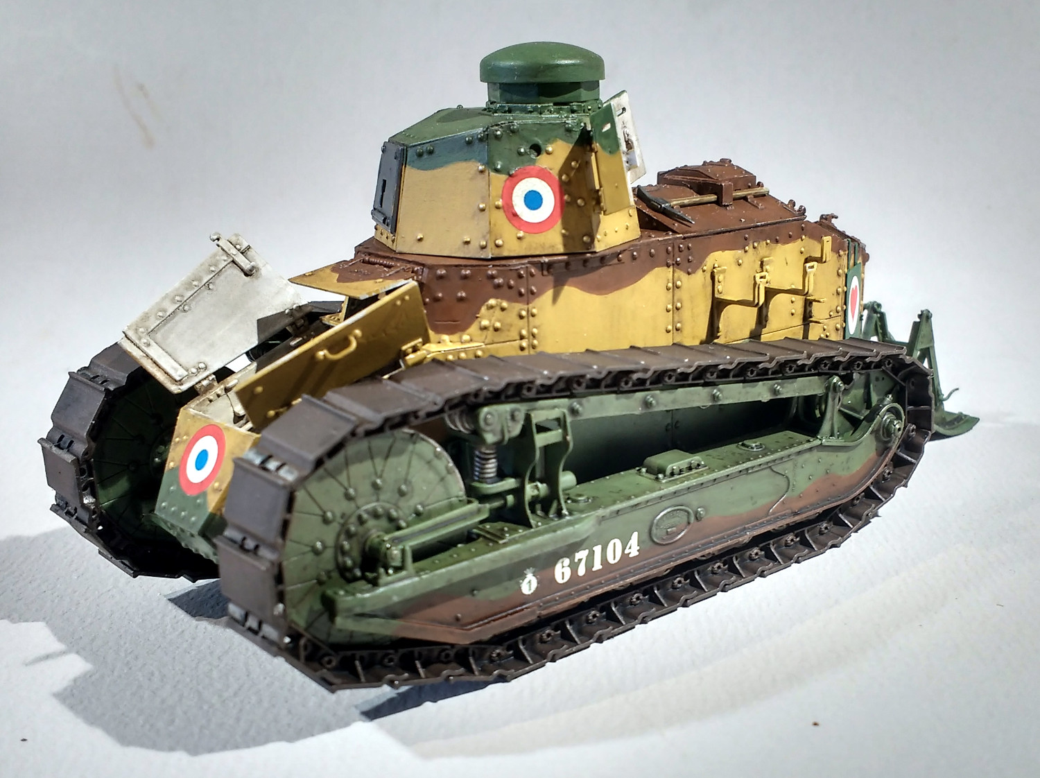Quelques FT (Meng 1/35) - Page 4 WLGlJb-F31-72