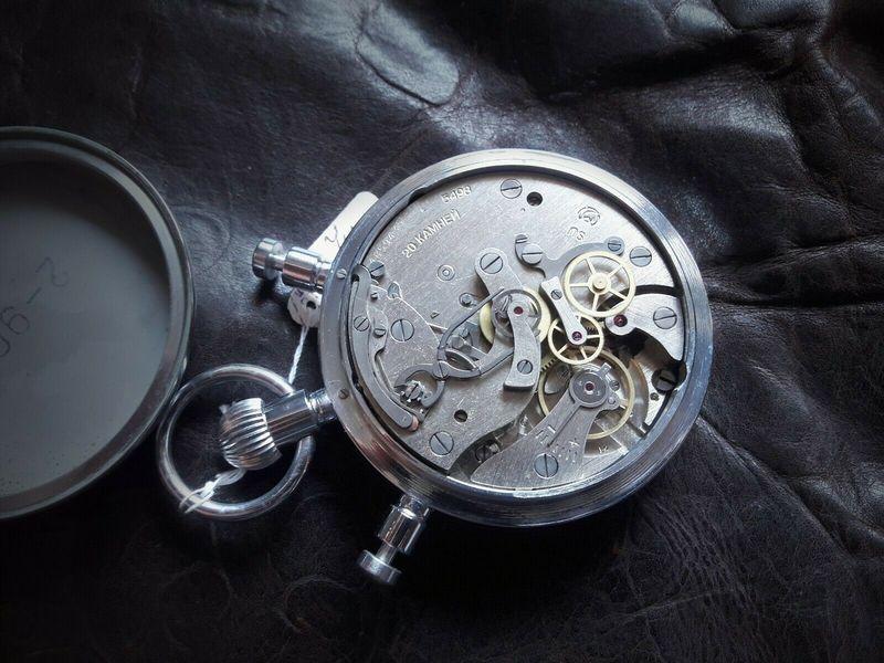 Chronographe Slava à rattrapante 20031305221324054416687451