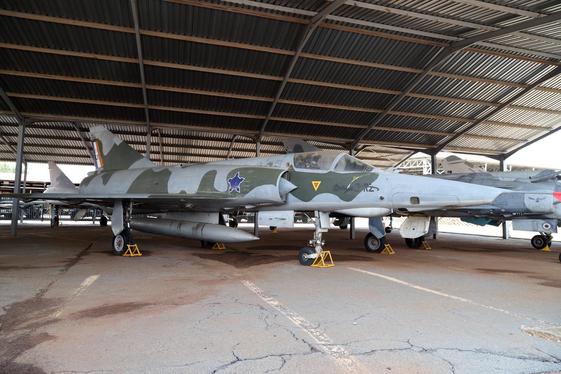 6850 Mirage 3 RZ 835