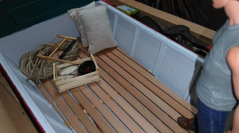 Remorque porte bateau et sa plate (Barque à fond plat). 2004040354532281116724699