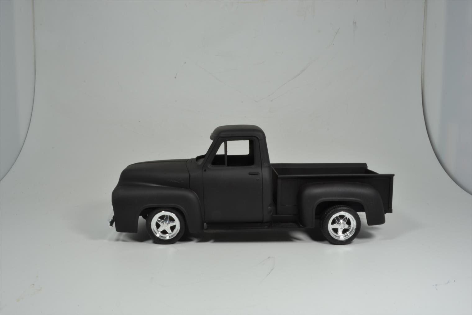 ROD FORD F100 (1/24 MONOGRAM) 20040410532122494216725285