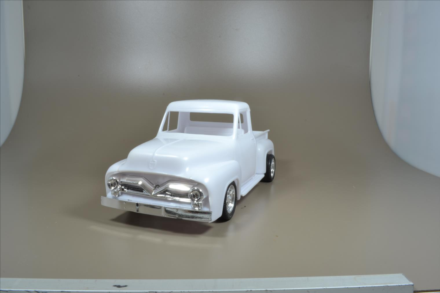 ROD FORD F100 (1/24 MONOGRAM) 20040410532222494216725287