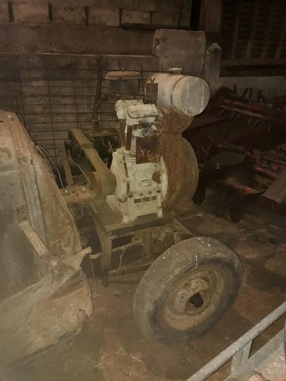 Des CITROËN transformées en tracteur.... - Page 4 20041110300720415716738494