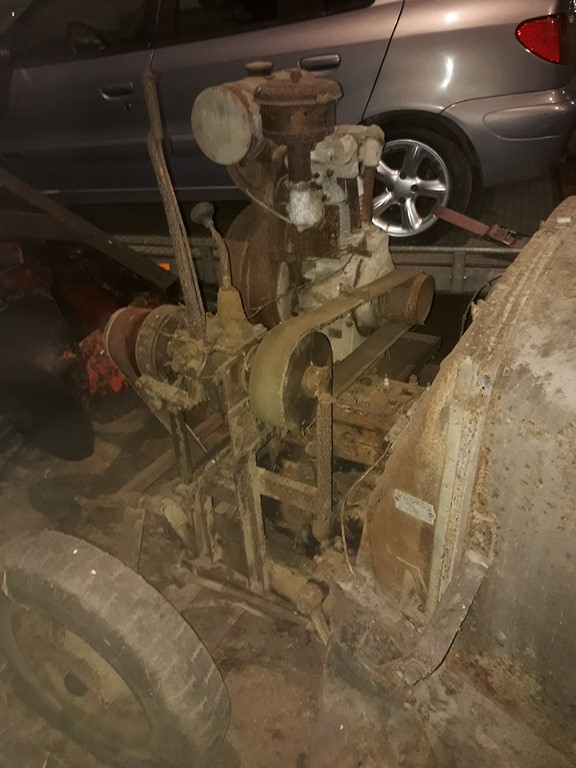 Des CITROËN transformées en tracteur.... - Page 4 20041110300720415716738495