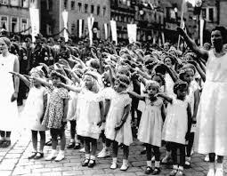 Diverses photos de la WWII 20041202540024406916739854