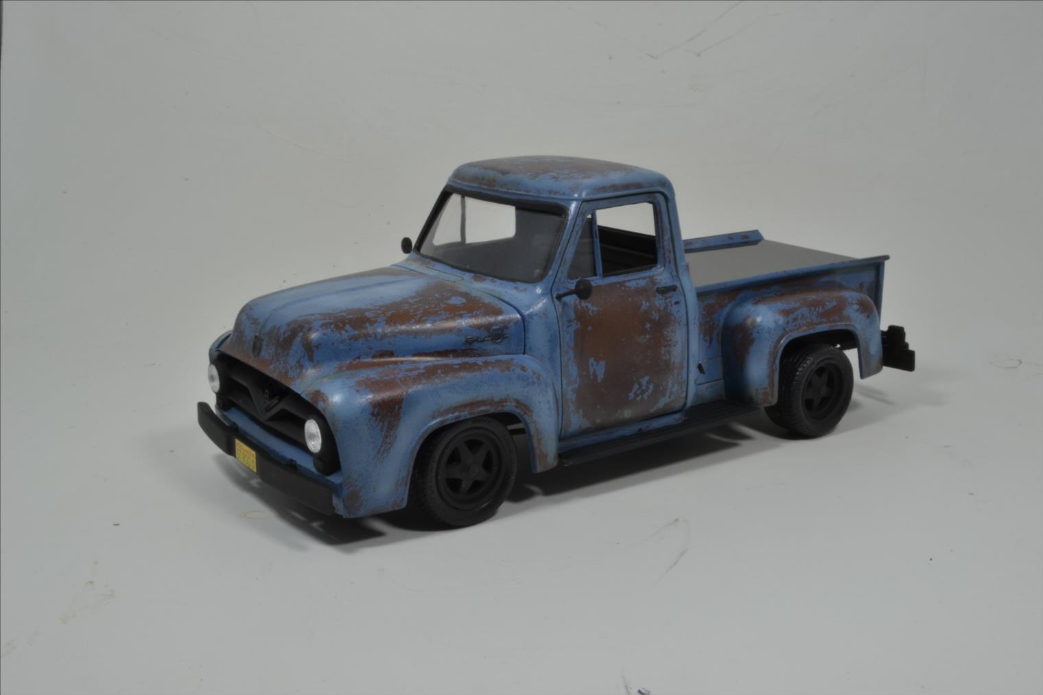 ROD FORD F100 (1/24 MONOGRAM) - Page 2 20041410174322494216744376