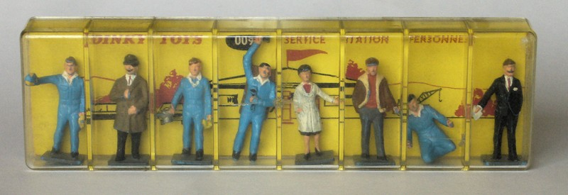 #2227 Service stationd personnel  Dinky-Toys en boite web