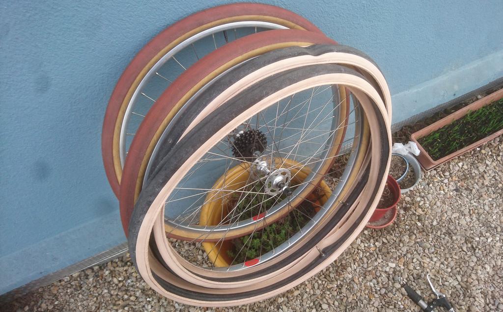 Motobecane cyclotouriste Fédéral 650B - Page 2 200425125353721916760783