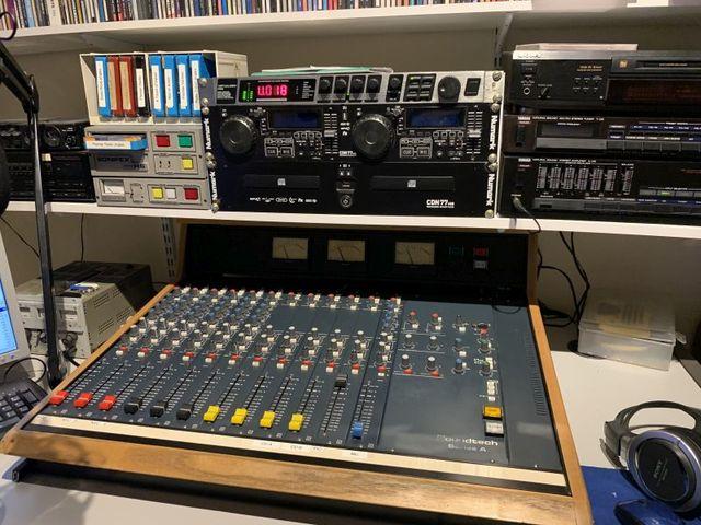 eQSL de premier radio 20042910073422478716767651