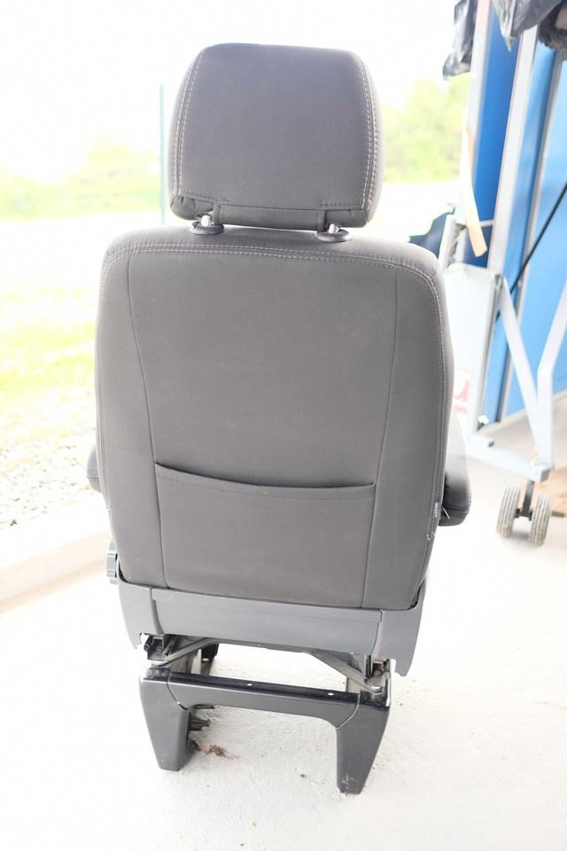 A vendre : Siège passager confort avec Embase pivotante 2005171014031058616799500
