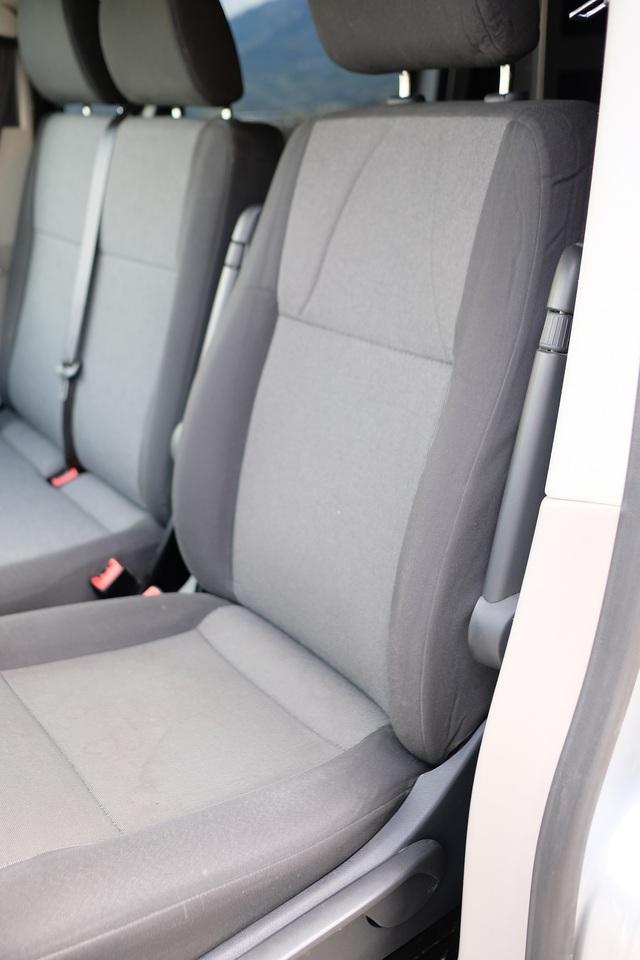 VENDU : Siège passager confort avec Embase pivotante 2005171118131058616799541