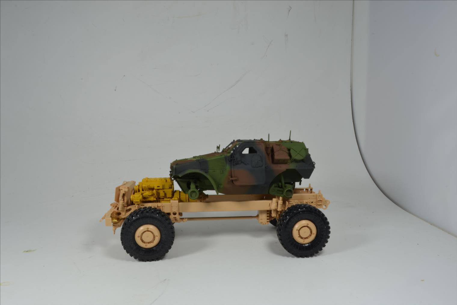 M 1240 A1 M-ATV 1/35 (RFM) 20052409132022494216810551