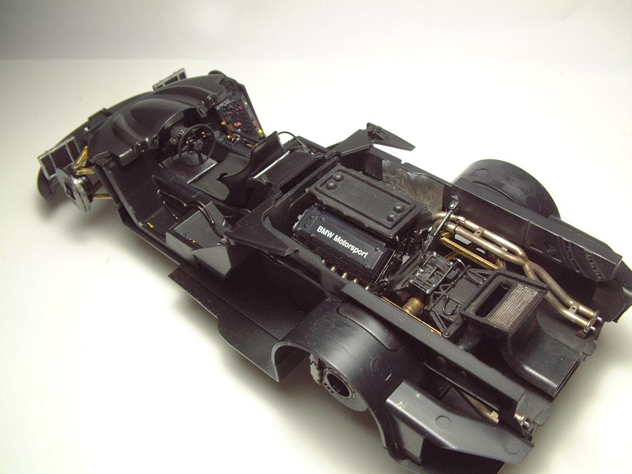 """Mc Laren F1 GTR """"Le Mans 97"""" - 1/24e [Aoshima] DNCDJb-mclaren-interieur7"""