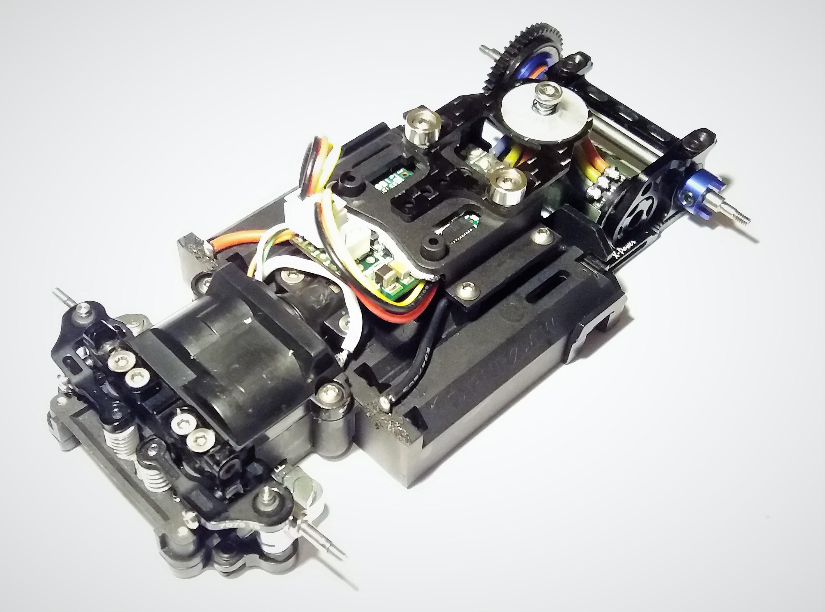 [A VENDRE] Mini Z MR03 brushless full + pièces 20062008352424157316863057