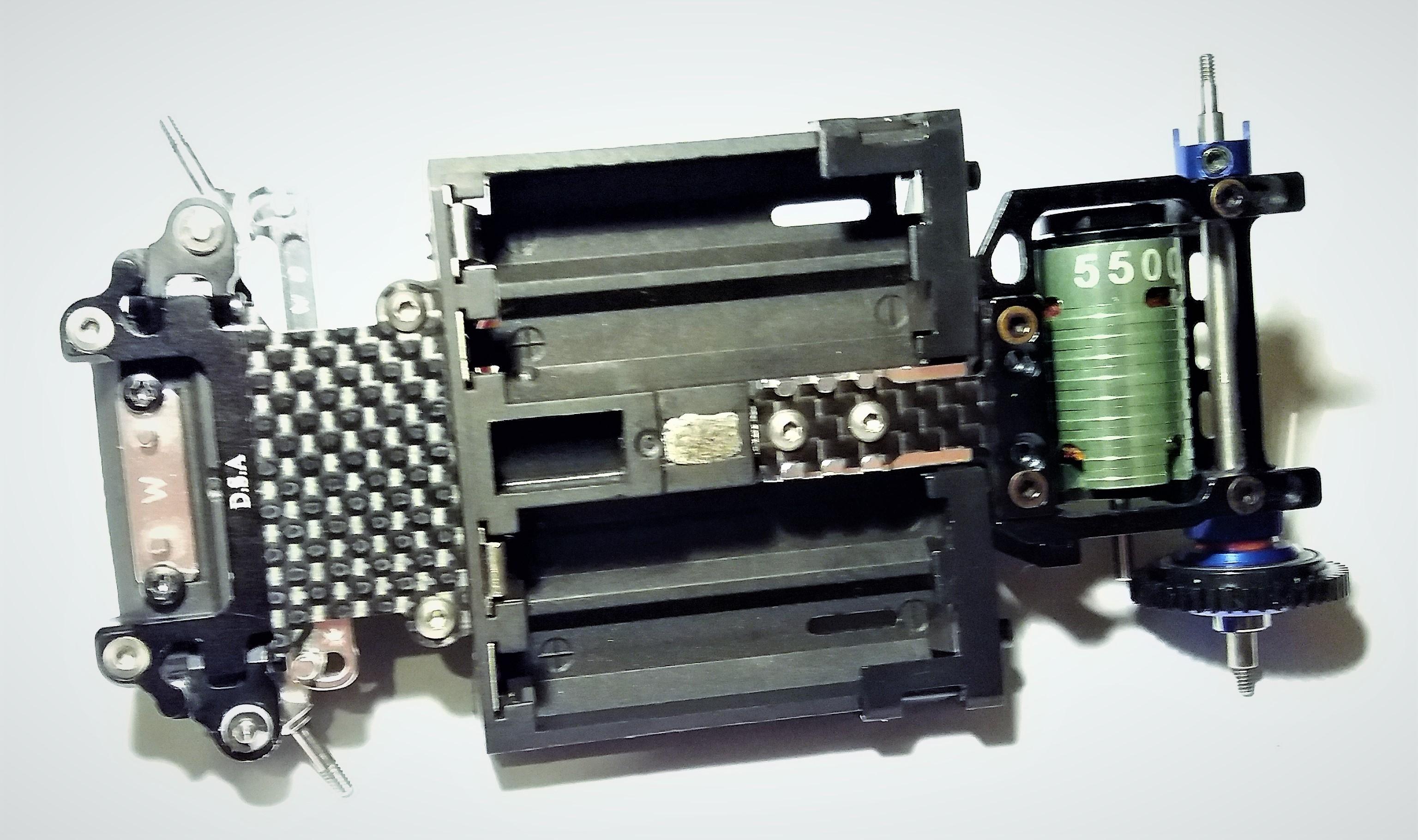 [A VENDRE] Mini Z MR03 brushless full + pièces 20062008353224157316863060
