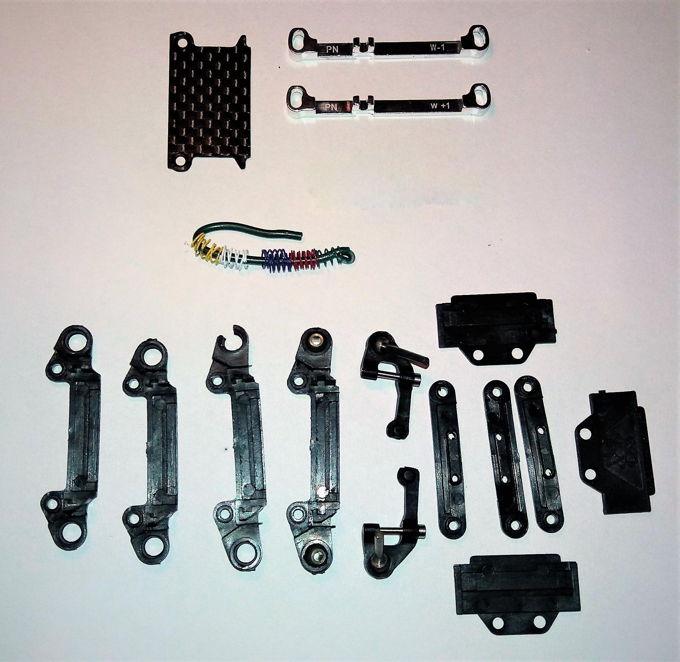 [A VENDRE] Mini Z MR03 brushless full + pièces 20062008360124157316863067
