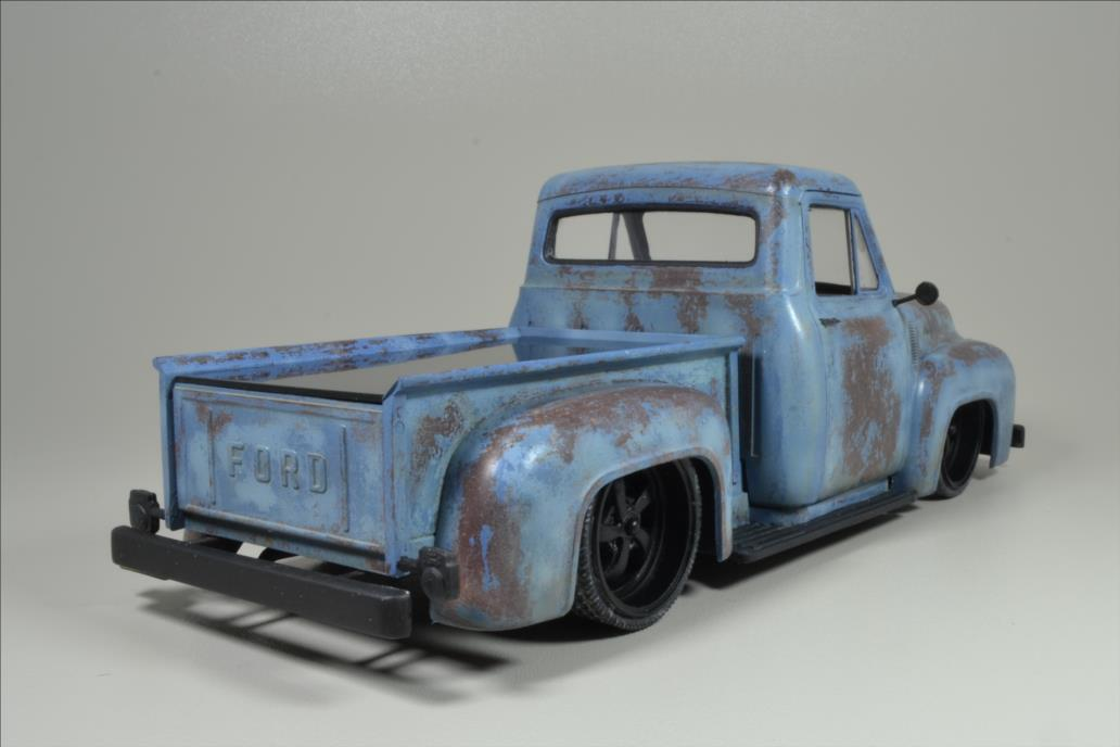 ROD FORD F100 (1/24 MONOGRAM) - Page 2 20062808591022494216892291