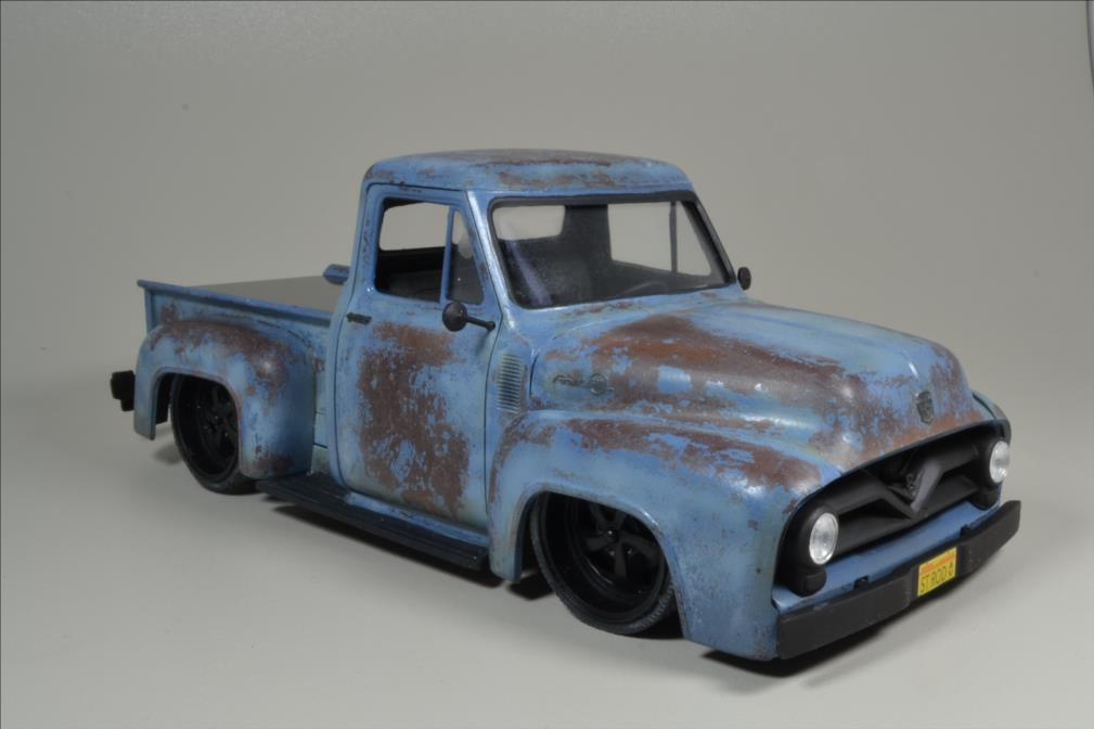 ROD FORD F100 (1/24 MONOGRAM) - Page 2 20062808591122494216892292
