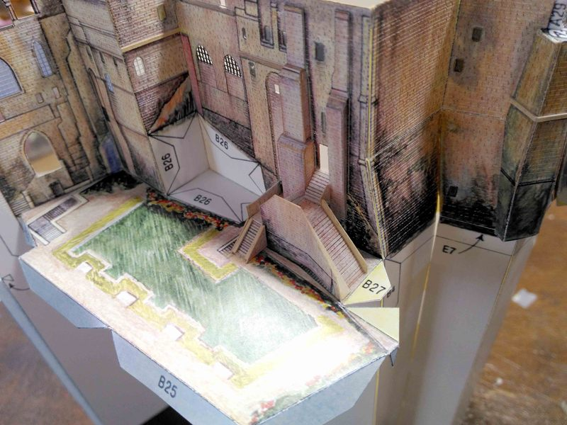 Mont St-Michel (scratch carton 1/500°) par philiparus - Page 3 20062910523523648416893278