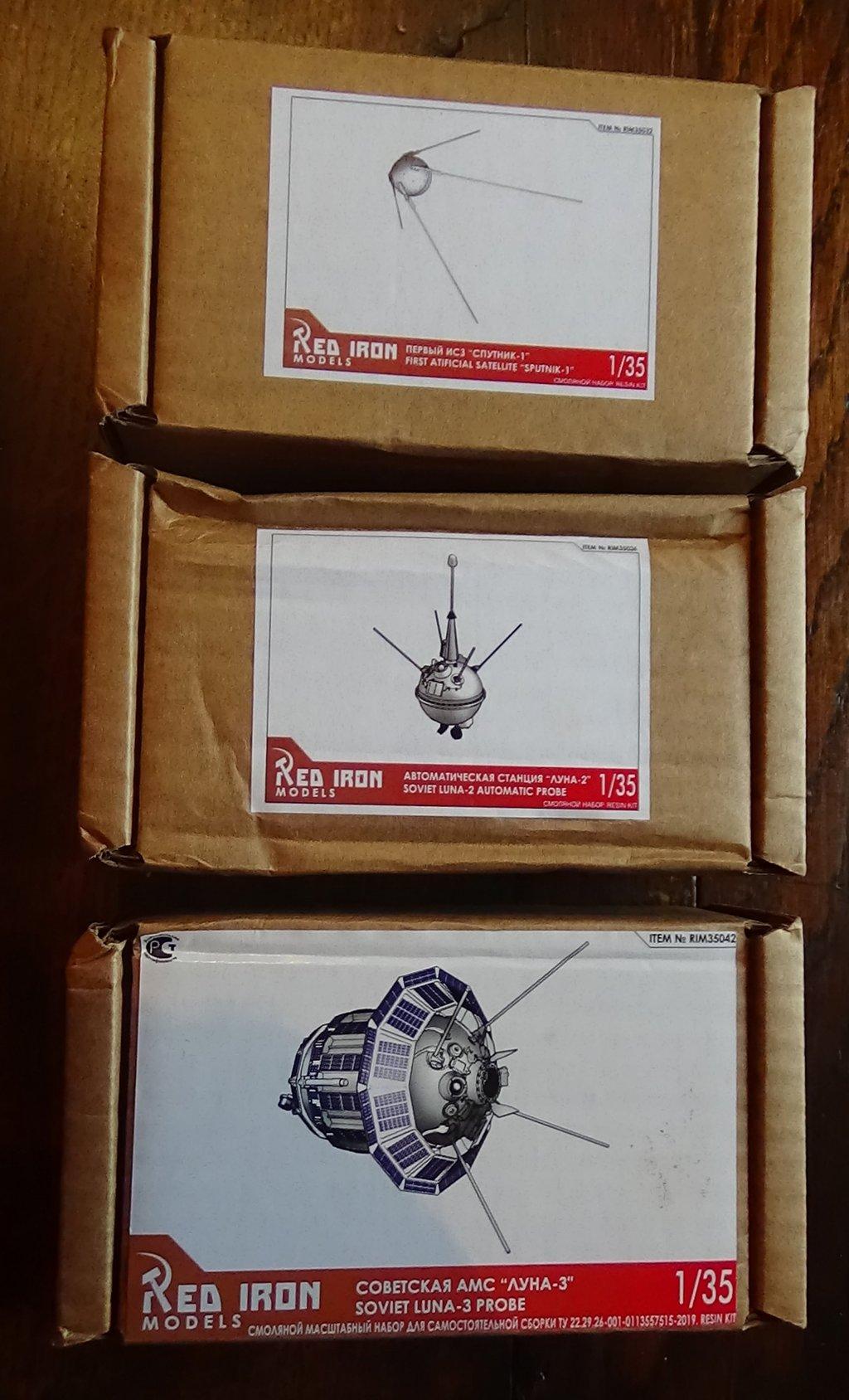 Bip Bip Bip ! Premiers satellites soviétiques au 35e (résine + PE) JStQJb-Sputnik-Luna-01