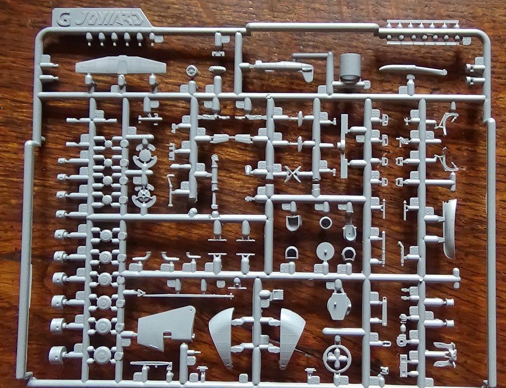 Missouri Joy Yard 1/350 état 1944 PE/laiton/p'tits trucs A5HRJb-USS-Missouri-1944-017