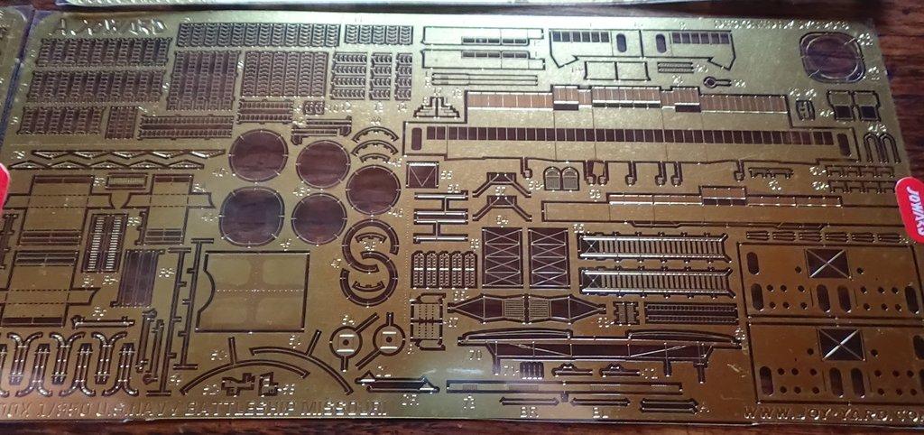 Missouri Joy Yard 1/350 état 1944 PE/laiton/p'tits trucs M3HRJb-USS-Missouri-1944-039