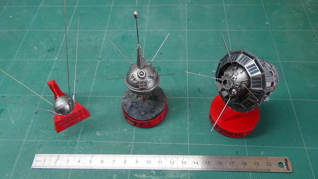 Bip Bip Bip ! Premiers satellites soviétiques au 35e (résine + PE) PRrUJb-Sputnik-Luna-34