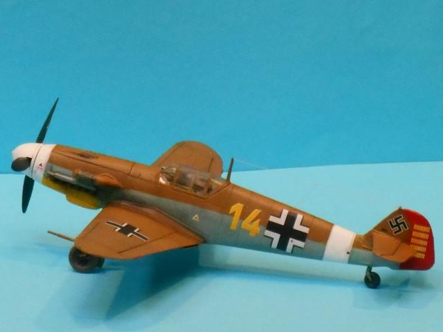 MESSERSCHMITT BF.109  F.4   LT Hans J MARSEILLE            AZ MODEL 1:72 2007300901305625616941601
