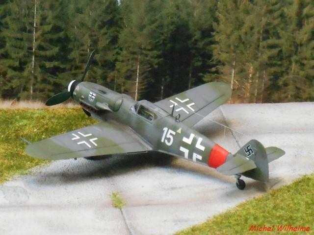 MESSERSCHMITT BF. 109 G.6 Bonn Hangelar 1944 .AZmodel 1/72 2008120932595625616959928