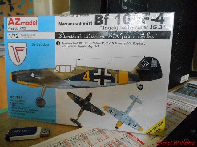 MESSERSCHMITT 109  F.4                            AZ MODEL 1:72 2010240311545625617094387