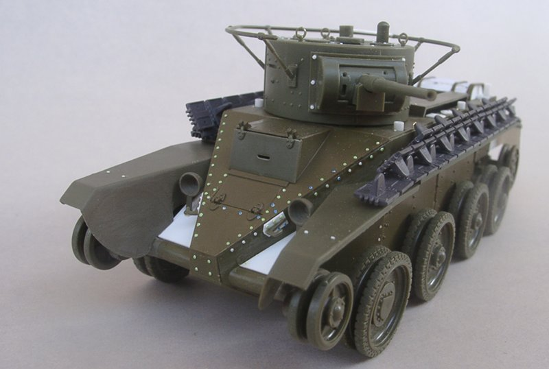 Sortez nous du carton : le BT5 de Zvezda HTnCKb-montageBT508