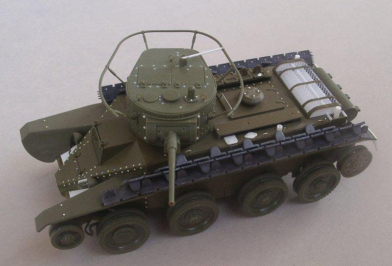 Sortez nous du carton : le BT5 de Zvezda JTnCKb-montageBT507