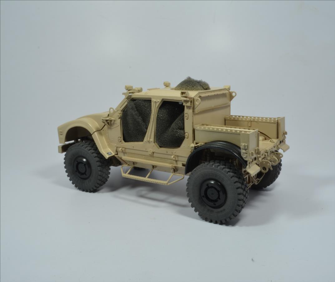 M 1240 A1 M-ATV 1/35 (RFM) - Page 2 20111211101322494217123549