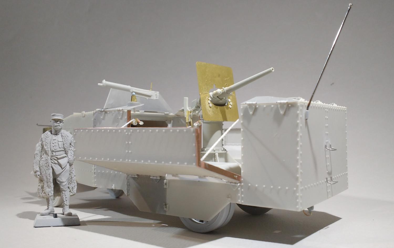 Le camion blinde Seabrook de 1914 (maquette Azimut en résine 1/35) 9g8GKb-Seab88